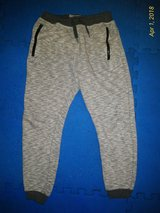Boys Size 146cm for 10-11yo Grey Jogger Pants in Ramstein, Germany