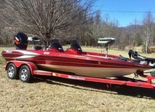 2002 Triton Z21 Bass Boat in League City, Texas