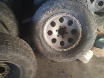chevy rims and tires set of 4 17s 6 hole in bookoo, US