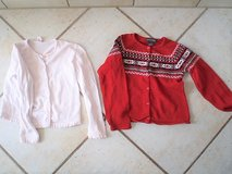 girls sweaters size7/8 in Stuttgart, GE