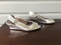 Girls Silver Dress Shoes Size 5; Jessica Simpson Low Wedge Heel in Bolingbrook, Illinois