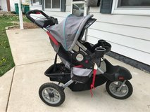 Jeep jogging stroller w/speaker in New Lenox, Illinois
