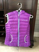 Girls Lightweight Purple Vest with Hood Size 13-14 in Glendale Heights, Illinois