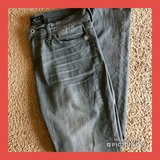 "Women's Lucky Grey Skinny Jeans Size 8, 30"" Inseam in Hampton, Virginia"