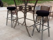 Table/2 bar stools in Cleveland, Texas