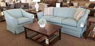 20% OFF THIS BEAUTIFUL 2PC SOFA/CHAIR SET! in Cherry Point, North Carolina