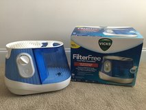 Vick's Cool Mist Humidifier in Beaufort, South Carolina