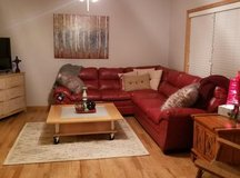 Like New Leather Couch: $550 OBO in Cannon AFB, New Mexico
