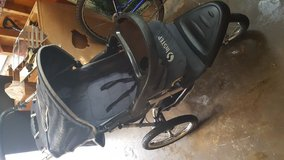 Instep jogging stroller in Chicago, Illinois