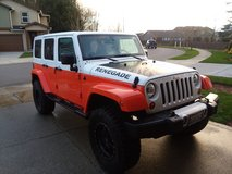 2012 Jeep Unlimited  Only 15k miles Like new Loaded with Leather Custom Paint in Fort Lewis, Washington