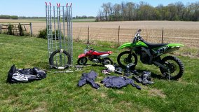 2009 Kawasaki KX450F, Parts and riding gear in Fort Campbell, Kentucky