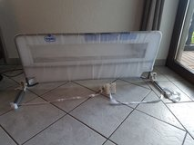 Toddler Bed Rail fits Full/Queen in Ramstein, Germany