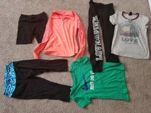 Girls juniors extra small clothes lot in Fort Leonard Wood, Missouri