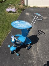 tricycle/stroller in excellent condition in Plainfield, Illinois