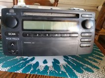 2 din stereo w/ cd player from 2004 Toyota Corolla in Chicago, Illinois