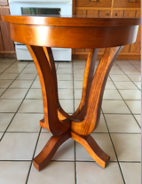 Round Occasional Table in Orland Park, Illinois