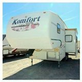 Reduced 2002 5th wheel in Alamogordo, New Mexico