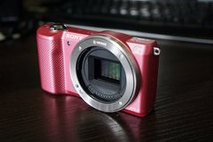 Sony a5000 - mirrorless camera (body only) in Okinawa, Japan