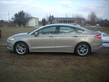 2015 Ford Fusion Hybrid SE One Owner Factory Warranty in Fort Drum, New York
