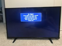 "32"" Insignia Tv in Travis AFB, California"