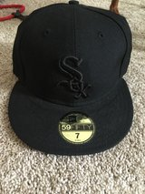 White Sox fitted size 7 in Beaufort, South Carolina