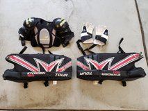 Youth/Teen street hockey gloves, shoulder pads, goalie shin guards in Westmont, Illinois