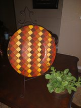 Plate Decor w Stand in Kingwood, Texas