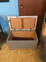 Small chest with storage 15 inches wide 27 inches long 15 inches tall in Cleveland, Texas