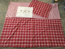 Red Plaid TWIN Duvet Cover, Sham & Accent Pillow Case from Pottery Barn in Glendale Heights, Illinois