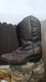 Laredo Boots mens size 11 in Cleveland, Texas