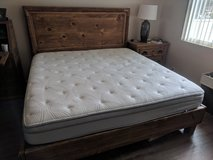 California King Sleep Number bed w/custom frame in Vista, California