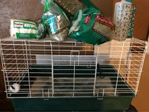 guinea pig cage pallets hay and water dispensers in Barstow, California