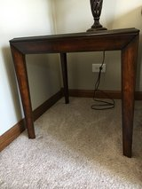 Coffee and end table in Bolingbrook, Illinois