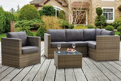 3PC PATIO SECTIONAL SET FREE DELIVERY in Huntington Beach, California