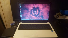HP 15-r228cy Touchscreen Laptop in Leesville, Louisiana
