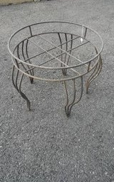 Wrought / Cast Iron Metal PLANT STAND 18 x 16 in Wheaton, Illinois