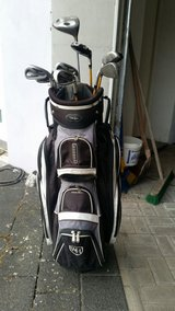 Used - Walter Hagen golf clubs and bag in Baumholder, GE