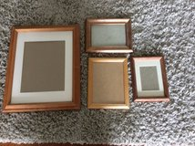 Job lot wooden picture frames various sizes in Lakenheath, UK