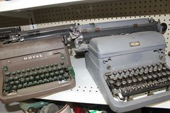 Vintage Typewriter in Wilmington, North Carolina