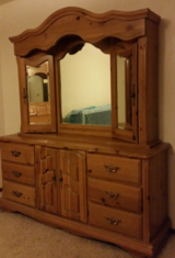Bedroom Set, Dresser, mirrored hutch, Headboard w mirror and storage stands in Lawton, Oklahoma