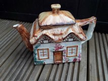 house tea pot in Lakenheath, UK