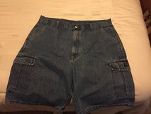 Wrangler jean shorts, 38 in Alamogordo, New Mexico