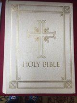 Holy Bible - English (Large) in Ramstein, Germany