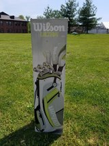 Women's golf clubs and bag - gently used in Elizabethtown, Kentucky