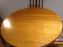 Round Oak Dining Table +4 chairs in Ramstein, Germany