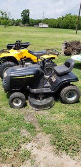 Pulan 42 Inch Deck Riding Mower in Baytown, Texas