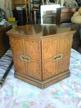 mid century vintage end table in 29 Palms, California