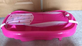 Pink Baby Infant/Toddler Bathtub in Naperville, Illinois
