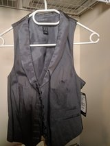 H&M Women Vest S/6 in Fort Lewis, Washington