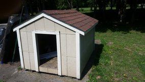 Large Dog House in Fort Campbell, Kentucky